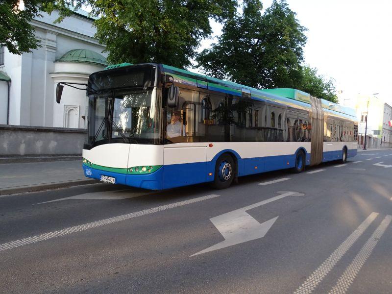Testy autobusu przegubowego