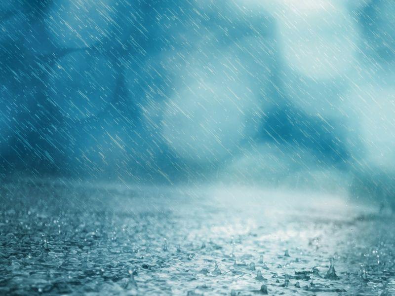 intensywne opady deszczu