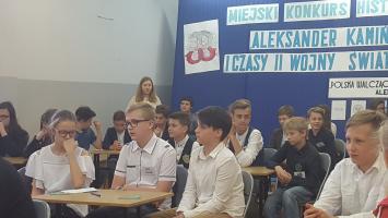 """Konkurs historyczny w """"Jedynce"""""""