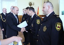 Nagrody i awanse dla strażników miejskich