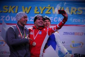 Tłumy na Mistrzostwach Polski w łyżwiarstwie szybkim. Pięć medali dla Tomaszowa