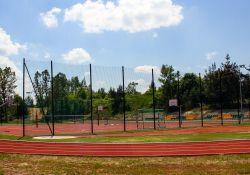 Wielofunkcyjne boisko, oświetlenie i bieżnia dla uczniów Szkoły Podstawowej nr 7 [ZDJĘCIA]