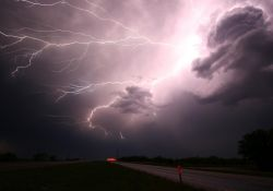 Ostrzeżenie przed burzami z gradem