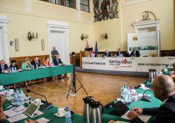 Większość radnych przeciw nocnej prohibicji w Tomaszowie Mazowieckim