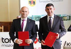 Władze Hîncești z wizytą w Tomaszowie. Umowa partnerska podpisana